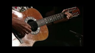 Queen - '39 - Brian May 12 string acoustic guitar performance - From A Night At The Opera 30th