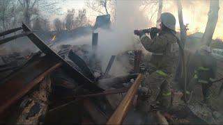 Сотни природных пожаров ежедневно регистрируют спасатели на территории центральной части России.