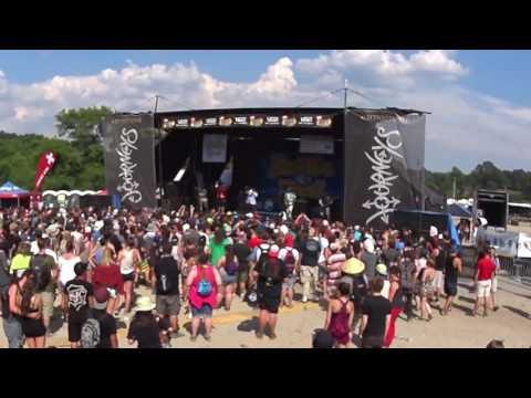 Vans Warped Tour 2016 Atlanta - Reel Big Fish - S.R.