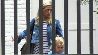 EXCLUSIVE - Lindsay Shookus And Daughter Madeline Arrive At Ben Affleck
