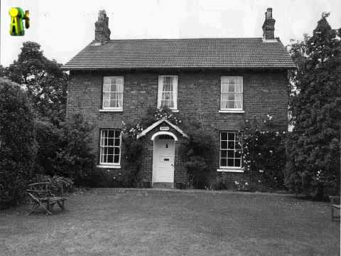 Old english house 2 black white photos youtube for Classic english house