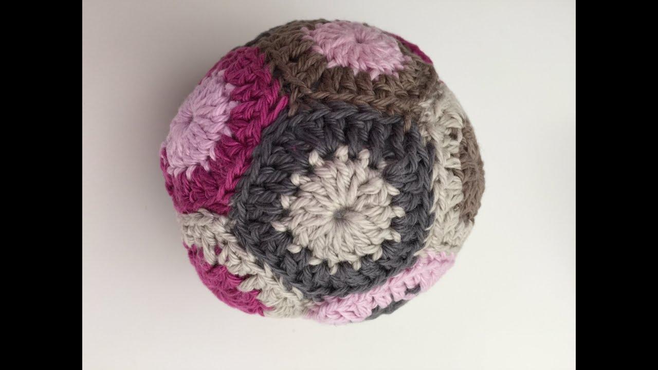 Häkeln / Crochet: Grannys zusammen nähen z.B. bei einem Grannyball ...