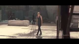 Divergent deleted scene - Edward gets stabbed in the eye
