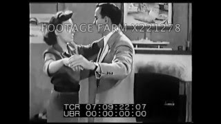 1940s Teenage Dancing & Dating 221278-01X