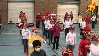 Sinterklaas wil dansen - Groepen 3 en 4 van de Alfons Ariëns Harderwijk