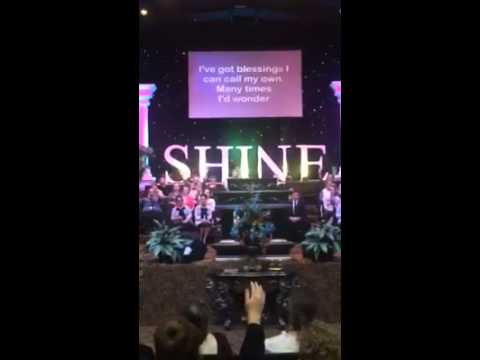 """I Held On"" Shara McKee LIVE Shine 2015"