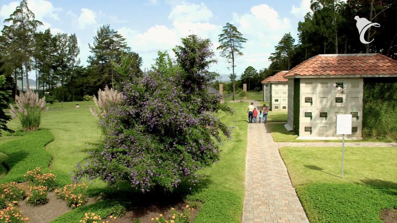 Documental el campanario cementerio jard n y capillas for Cementerio jardin
