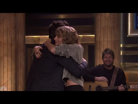 Taylor Swift Gives An Emotional...