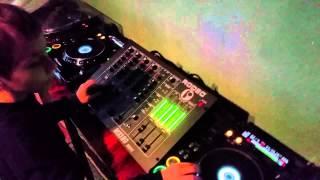 Cel mai tanar DJ din Romania!!!