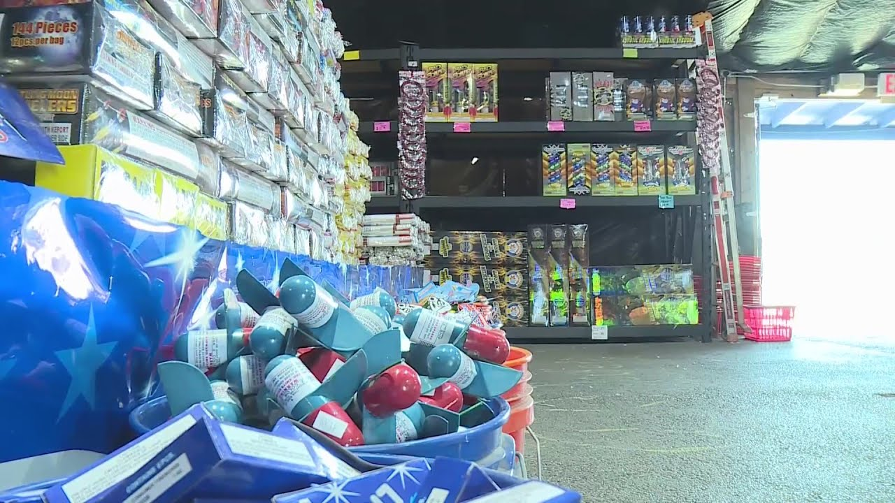 Longtime West Alton fireworks stand warns customers about fireworks shortage