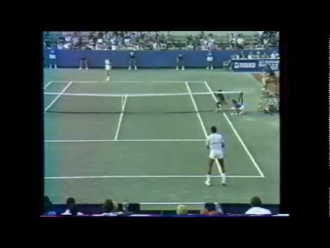 Yannick Noah vs Martin Jaite 1985 Washington 1/2