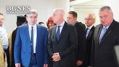 Здравният министър откри реновирана клиника по съдови хирургия във Варна