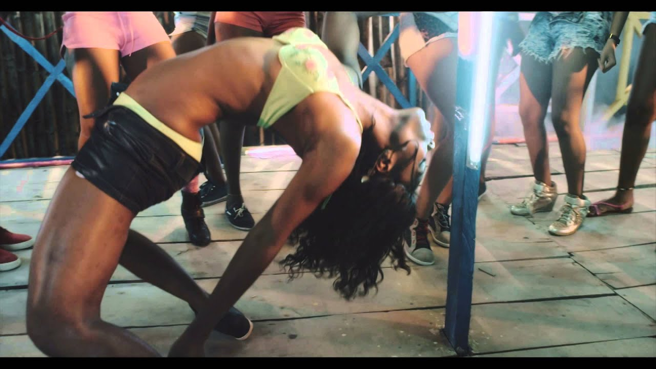 Download Mayano - Gbodomi [Official Video]