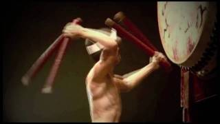 Ondekoza is a professional taiko drumming troupe based at the foot ...