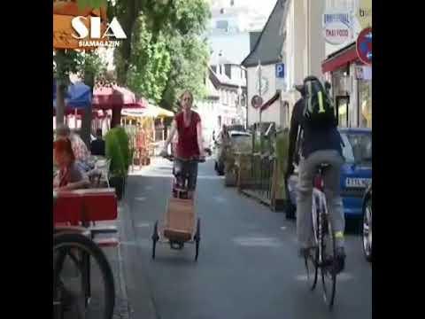 Bicycle . 腳踏車 thumbnail