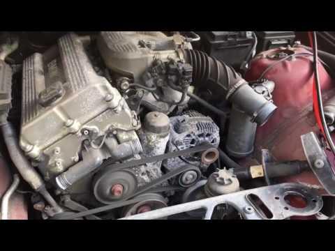 BMW 318ti compact engine running