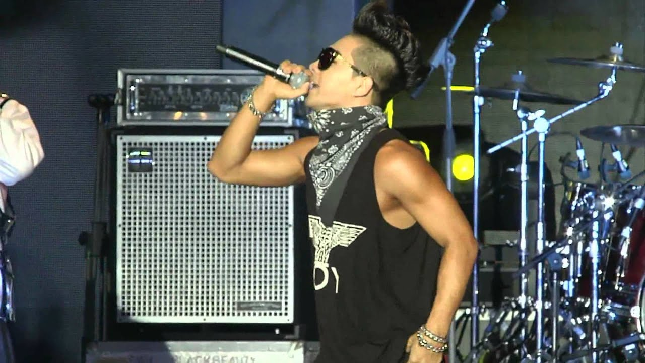 Download BIGBANG - Tonight (Live at SoundFest Vietnam 2012) (HD) [DVD Rip]
