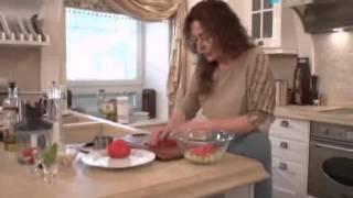 Хорошее утро - Салат из свежих овощей с соусом гаспачо