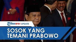Sosok yang Temani Prabowo Subianto saat Dilantik Jadi Menteri Pertahanan era Jokowi-Ma'ruf, Siapa?