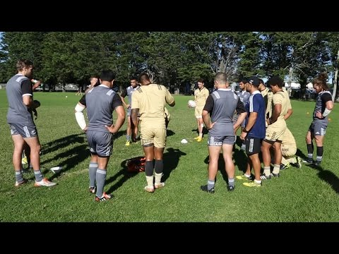 Sir Gordon Tietjens on the All Blacks Sevens squad for Hong Kong and Singapore