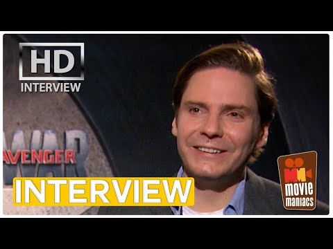 The First Avenger | Daniel Brühl als Bösewicht Zemo - Exklusives Interview