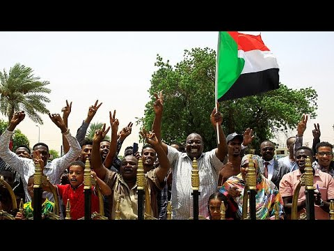 Euronews:Sudan's ruling military council signs power-sharing deal with opposition