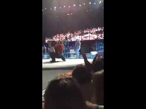 Kenny Chesney Clayton Mitchell You Really Got Me Chicago 2012
