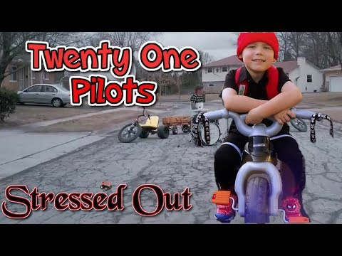 KIDS MUSIC VIDEO COVER Twenty One Pilots: Stressed Out [NOT OFFICIAL VIDEO] - YouTube 21 Pilots