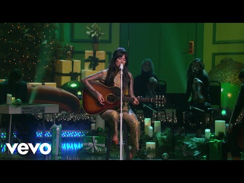 Download Christmas Makes Me Cry From The Kacey Musgraves Christmas Show / Live From The Ellen D... Mp4 baru