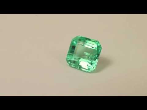 Very clean natural Emerald gemstone 1.65cts