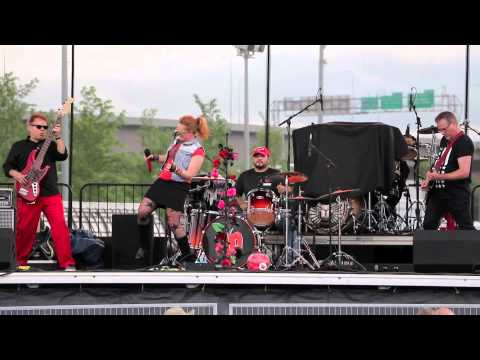Red Delicious, Loessfest MASHUP 2015, Omaha, NE Cover Band