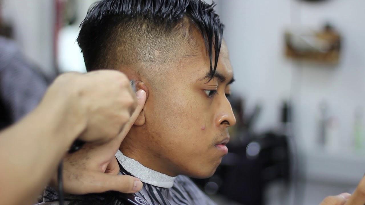 Haartutorial Skinfade Pompadour Mit Asiatischem Haar Mannerhaasrschnitt Ubergang Auf 0mm