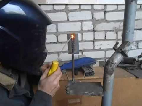 Как начинающим сварщикам варить тонкий металл (вертикальный шов)