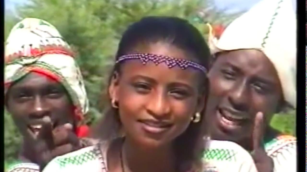 Download WAKAR GYALE   Dandaran riyal lilo by HRB (Hausa Songs / Hausa Films)