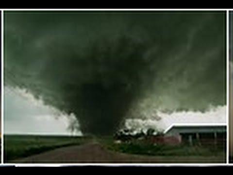 TRUCKER JUKEBOX, Tornado warning in OTTAWA, ILLINOIS.