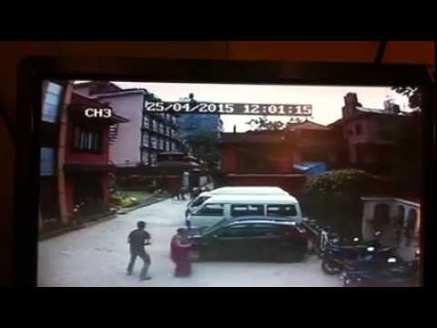 Nepal Earthquake recorded live in CCTV infront of Hotel Shakti Thamel