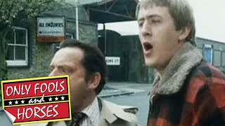 The Road Sweeper and the Urn - Only Fools and Horses - BBC