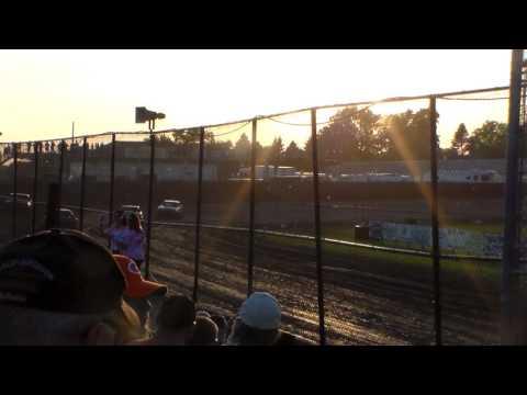 Hobby Stock Heat 2 @ Marshalltown Speedway 06/02/17
