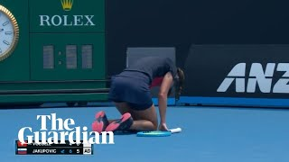 Australian Open player collapses on court as bushfire smoke covers Melbourne