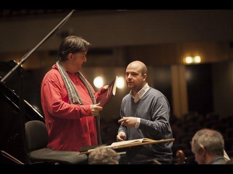 Beethoven Concerto 1 - Moritz Winkelmann, Beethoven Orchester Bonn, Stefan Blunier