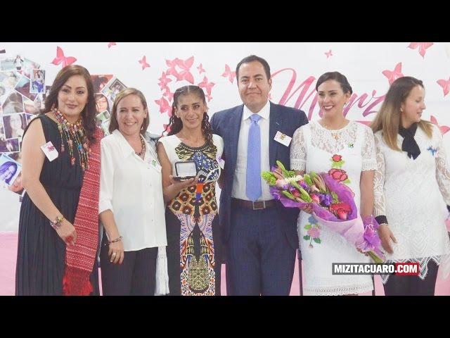 Conmemoran Día internacional de la Mujer en Zitácuaro