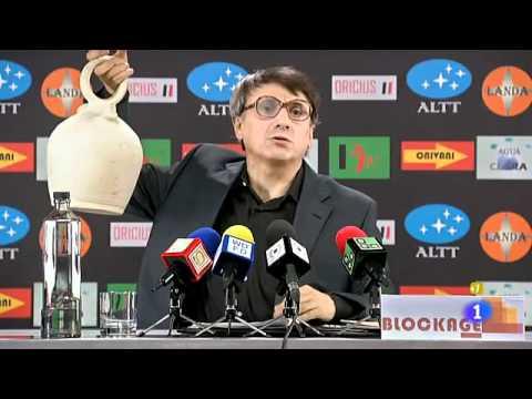 La hora de José Mota El entrenador ante la prensa - Canal de risas ...