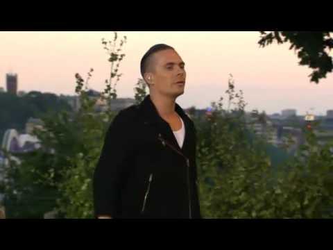 Oskar Linnros - Från Och Med Du LIVE (Allsång På Skansen 2010)
