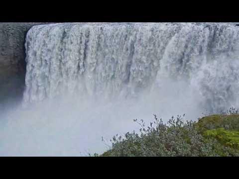 冰島瀑布 風與水的共舞 Iceland Waterfalls, Dances between Water and Wind