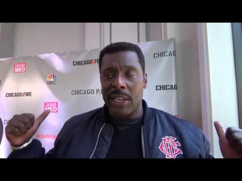 Chicago Fire : Eamonn Walker