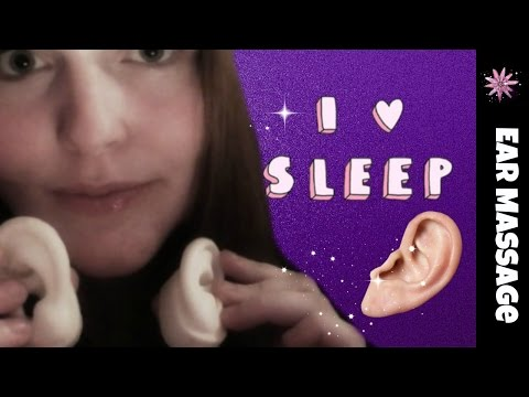 [ASMR] Ear To Ear Close Up Whisper And Ear Massage/Light Cupping.