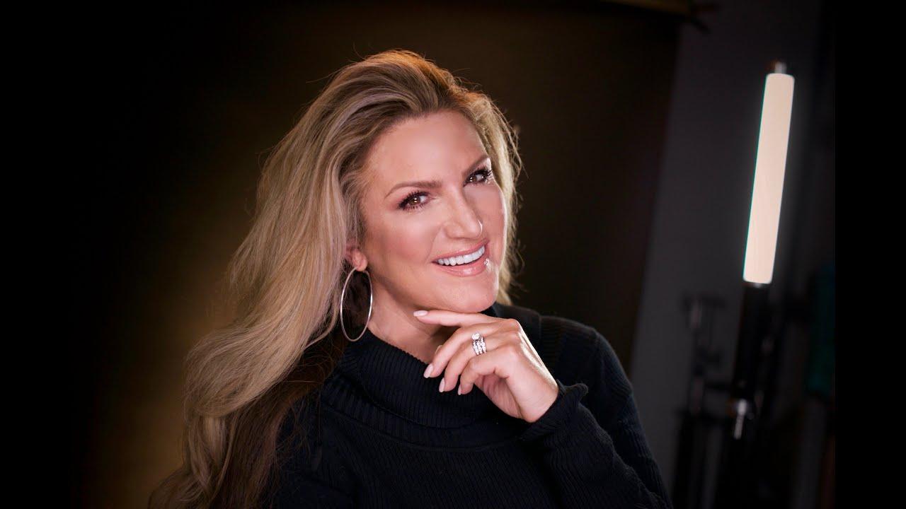 Brenda Crouch on Joni Table Talk