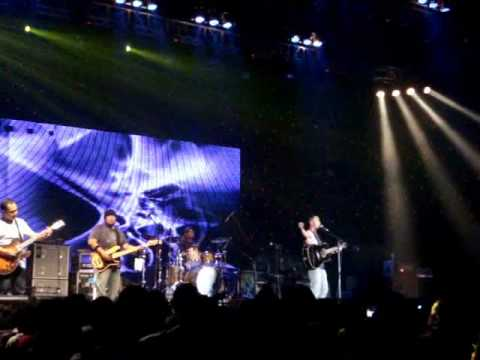 Pure Saturday - Kosong (live @ JavaRockin'land 2010) HD