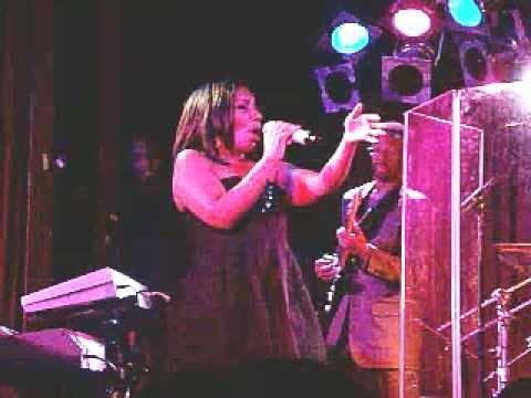 Stephanie Mills singing feel the fire live at B.B. King Blues Club & Grill