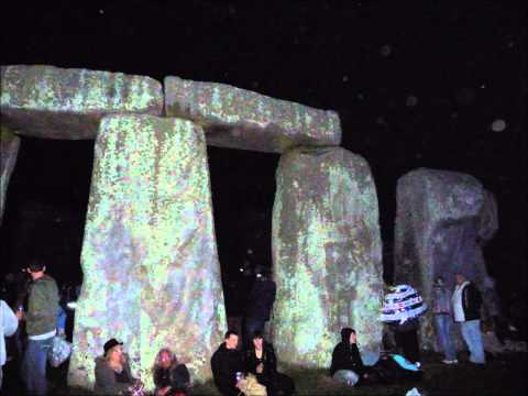 Summer Solstice Stonehenge 2010 - the journey from dusk till dawn